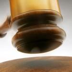 Sentencia: Absuelve por pérdida de vigencia del permiso de conducir por no generar riesgo